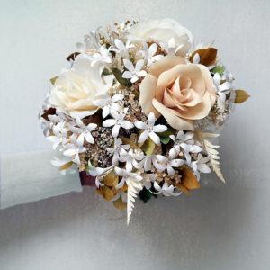 ramo de novia rosas y estefanotis