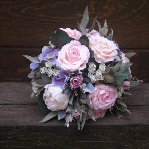 bouquet de Rosas y Peonias